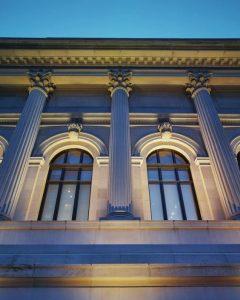 طراحی نمای ساختمان مدرن و نورپردازی نما